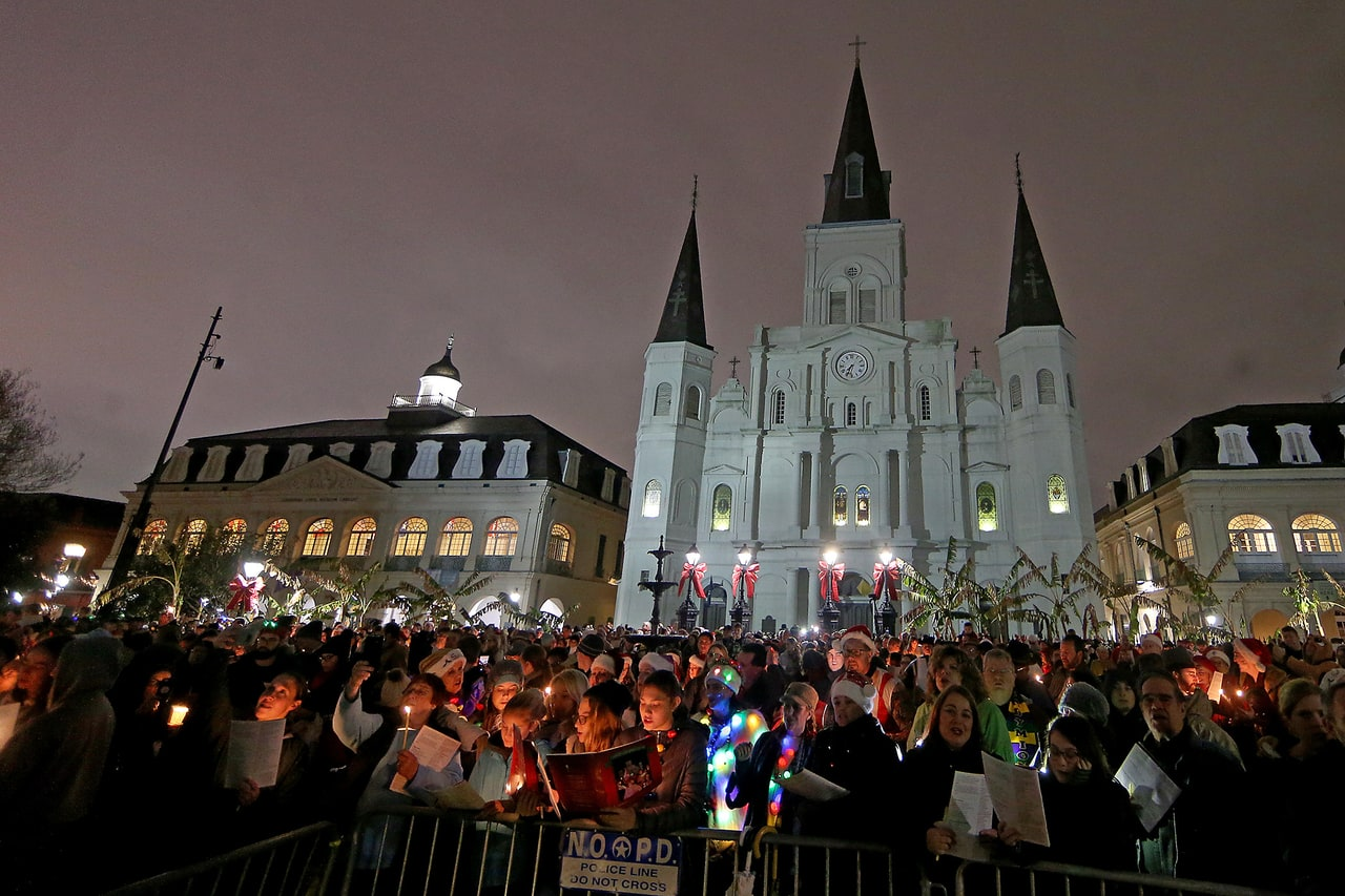 Photos Carolers Fill Jackson Square With Music And Holiday Cheer