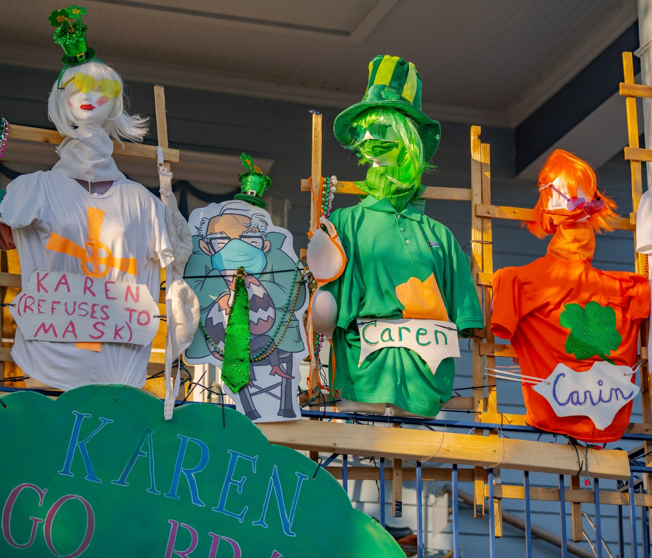 st. patrick's day house floats
